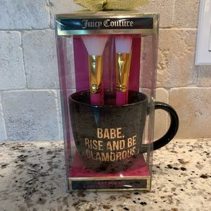 🆕 Juicy Couture 6 piece Brush Set & Mug Set